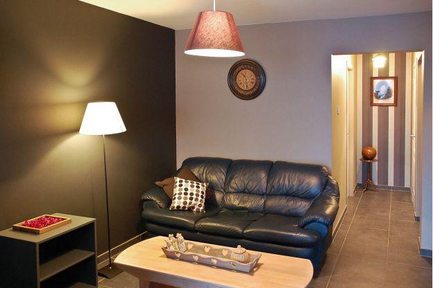 Maison_Fiche-Maisons-de-vacances-105792-01-Bouillon-salon-986787-1L